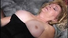 Chunky older woman lets two studs take turns on her wet cunt