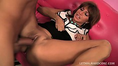 Banging MILF Tara Holiday gets her fine cunt pounded on the couch